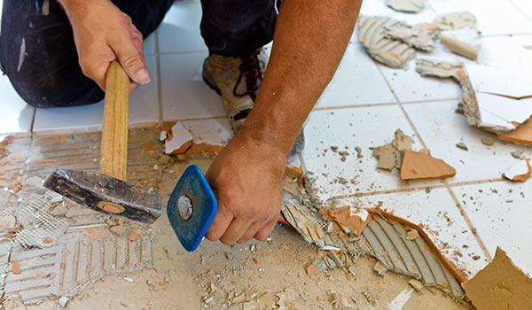 Küche - Bodenfliesen werden erneuert